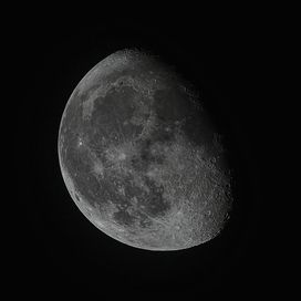 moon in colour crop20-9-16 11,50